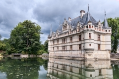 Le-chateau-d-azay-scaled