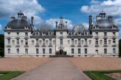 Le-chateau-de-Cheverny-scaled