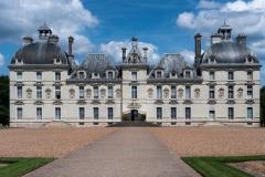 Le-chateau-de-Cheverny-scaled